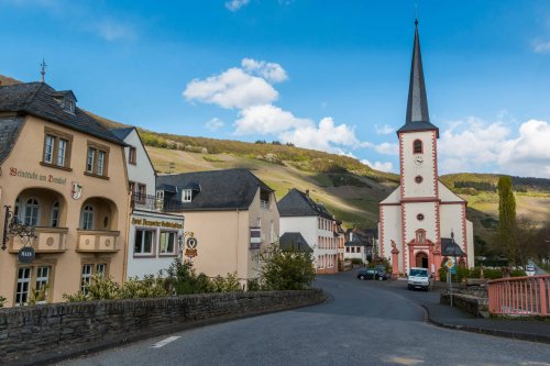 Village of Piesporter in the Mosel.
